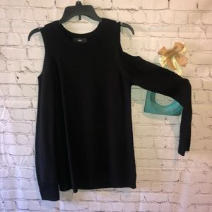 Black cold shoulder sweater XS like new